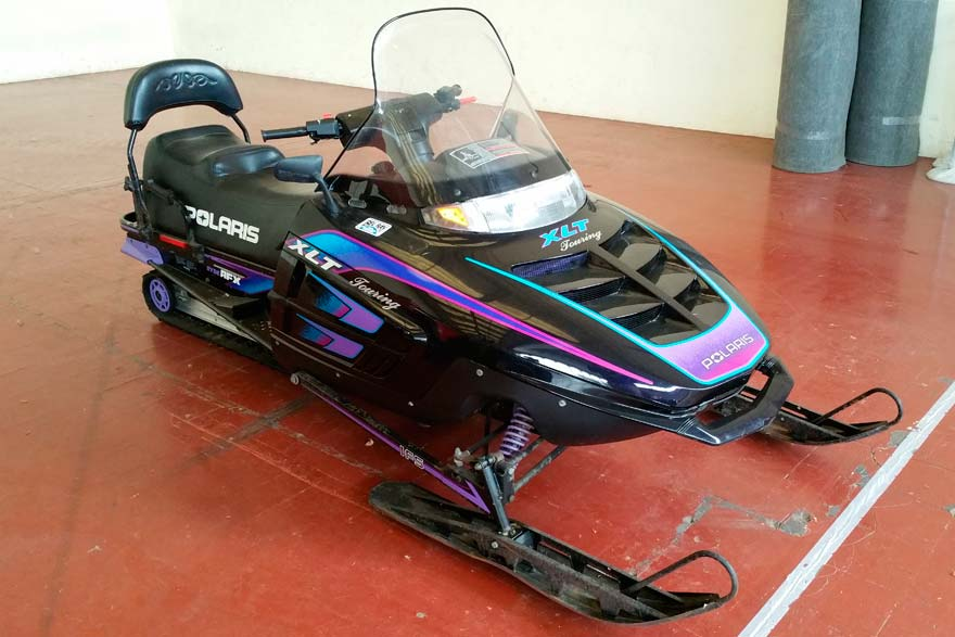 Motonieve touring XLT Polaris
